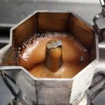 Come fare un caffè perfetto con la moka in 6 step