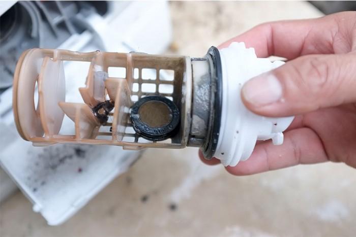 filtro della lavatrice intasato