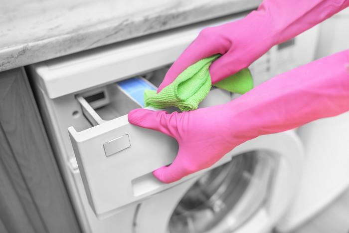 pulire la lavatrice vaschetta