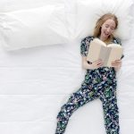 Smacchiare il materasso: come togliere le macchie di pipì e gli aloni