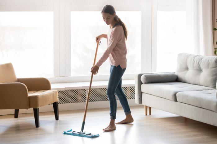 lavare-microfibra-divano